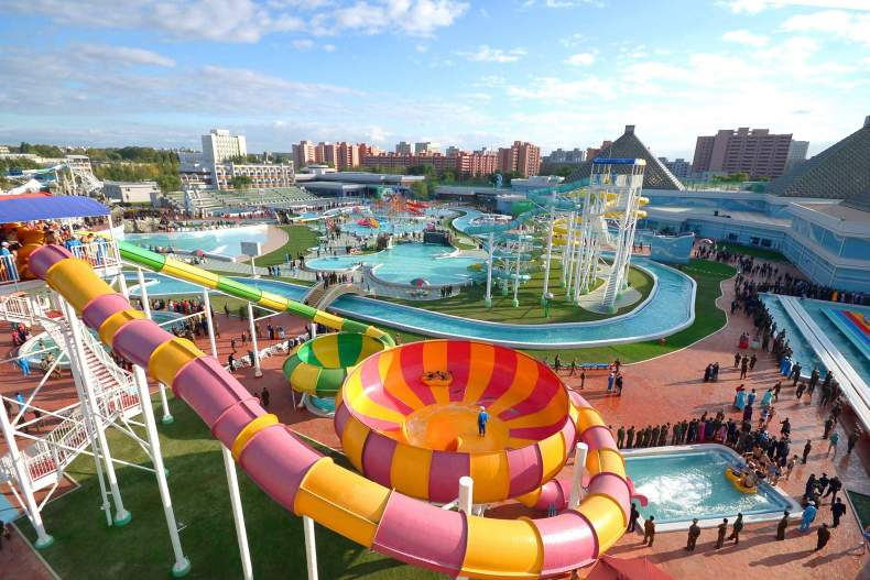 аквапарк Water Kingdom